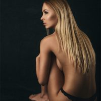 Boudoir and fine art nudes Eva Plesnik