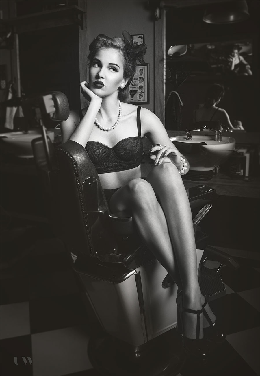 Pin-up boudoir with Sara Stacy Child