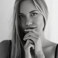 Lana Krajnc, portrait and boudoir from workshop, Ulla Wolk
